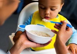 Kids is eating